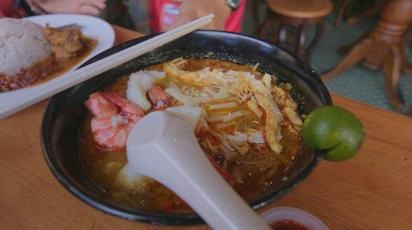 Seafood Mehoon Laksa